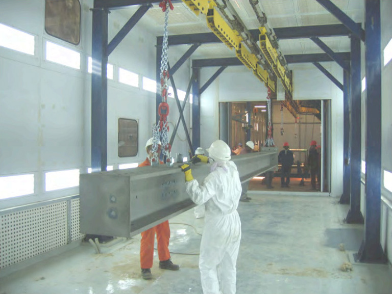 INDUSTRIAL PAINT BOOTH WITH CONVEYOR OR CRANE SLOT