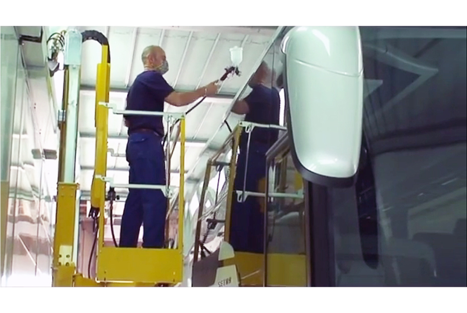 Paint-Booth-Painter's-Lifts-Bus-940x630