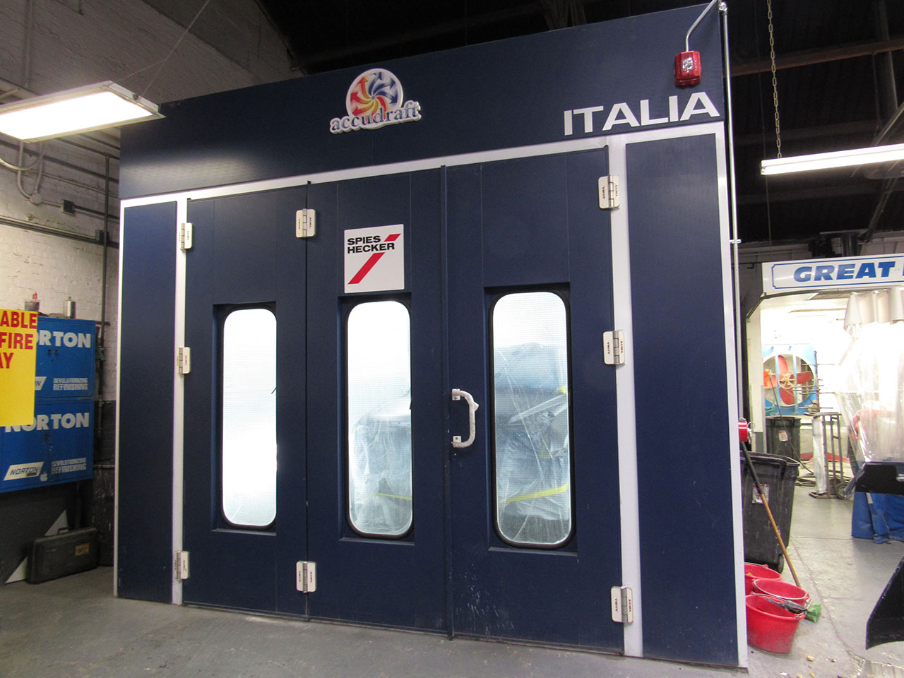 Great Neck Collision Italia Installation